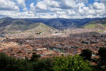 Вид на Куско с холма / ***