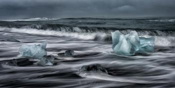 Волшебные льдинки / Алмазный пляж под дождем. Исландия