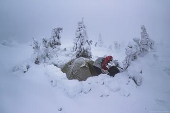 Движение - жизнь! / Шевелись пока не замерз!  лагерь на горном хребте, Карпаты, Украина  https://www.instagram.com/viterally