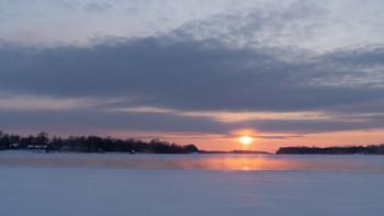 / мороз,река,полынья