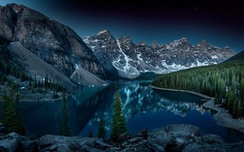 Ночь на озере / Озеро Морейн, Национальный парк Банфф, Канада