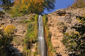 Водопад / Снимок сделан в Азербайджане