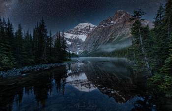На ночных этюдах / Озеро Принсесс, Джаспер, Канада