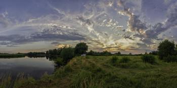 Вечір на Десні... / 03.07.21. річка Десна, місто Остер.