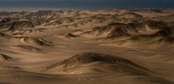 Дорога в дюнах / Берег Скелетов, Намибия