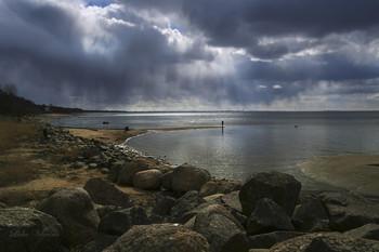 Грозное небо. / Финский залив.