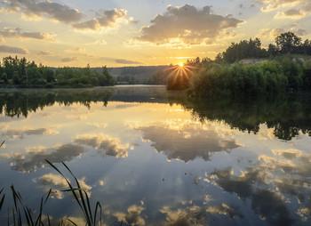 Утро нового дня / встречаем рассвет на озере