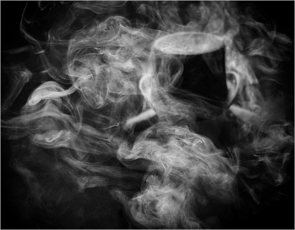 несет личную картинка дым сигаретный начались погромы, волна