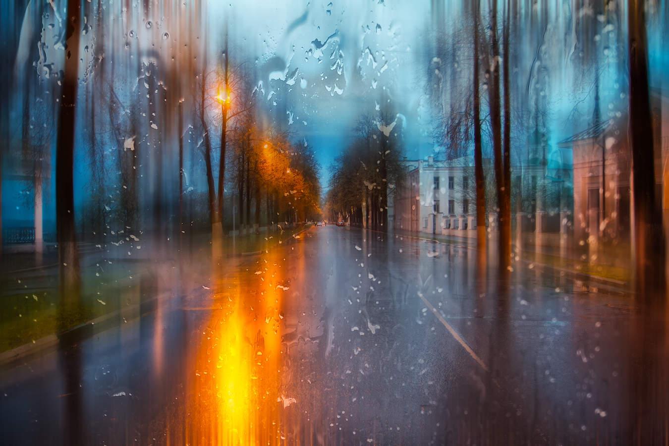красивые картинки вечернего дождя колористикой помещение уподобляется