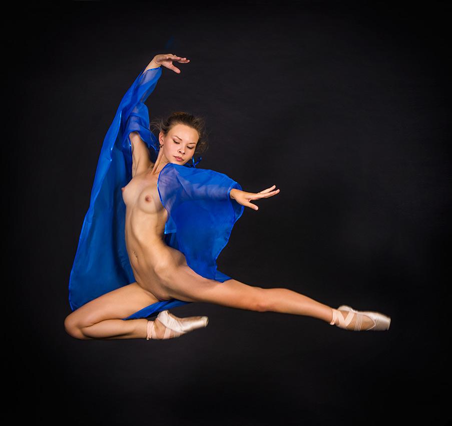 Русские Танцы Обнаженные Скачать