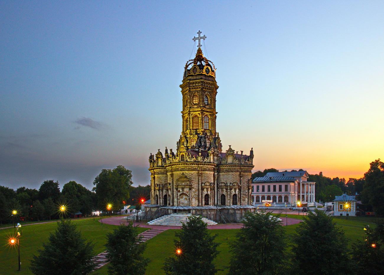 Знаменская церковь дубровицы картинки