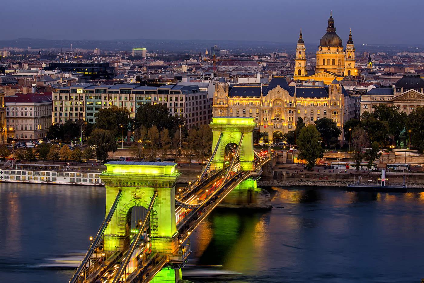 отдыхающие фото будапешт венгрия отец